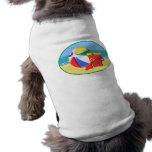 Bola, balde & pá de praia na costa camisa para cães