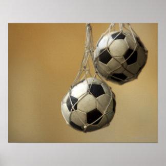 Bolas de futebol de suspensão pôster