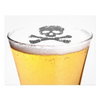 Bolhas principais da cerveja modelo de panfletos