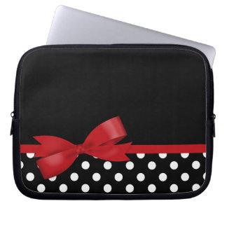 Bolinhas preto e branco do arco vermelho capa para notebook