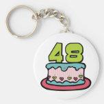 Bolo de aniversário das pessoas de 48 anos chaveiros