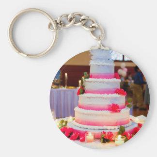 Bolo de casamento bonito chaveiro