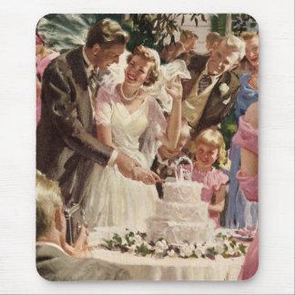Bolo do corte dos Newlyweds do noivo da noiva do Mouse Pad