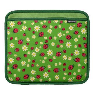 Bolsa De iPad verde bonito do teste padrão de flor do joaninha e