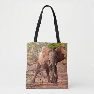 Bolsa Tote Elefante na pose do aviso