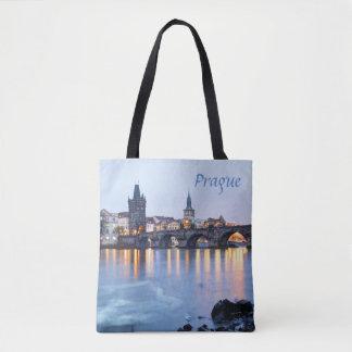 Bolsa Tote Foto crepuscular da lembrança da opinião do rio de