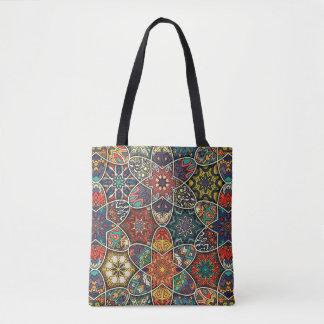 Bolsa Tote Retalhos do vintage com elementos florais da