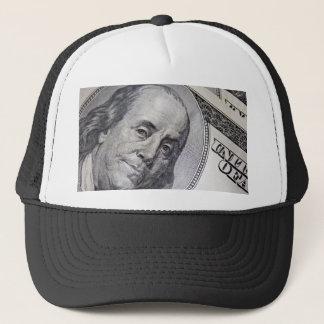 Boné Benjamin Franklin enfrenta