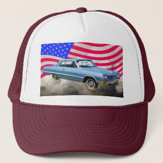 Boné Carro 1964 de Chevrolet Impala e bandeira