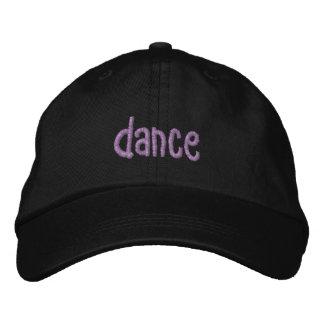 Boné dança