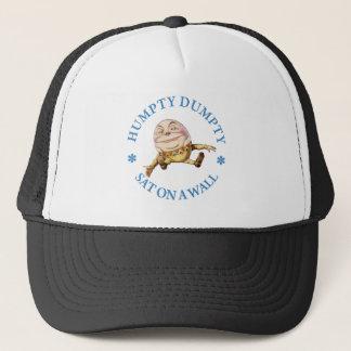 Boné Humpty Dumpty Sat em uma parede