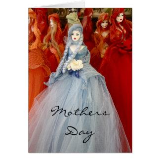 Bonecas da lembrança no cartão do dia das mães da