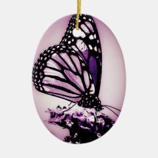 Borboleta de monarca, roxo - ornamento de cerâmica oval