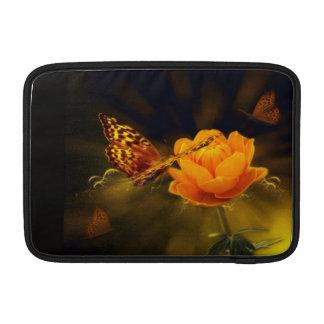 Borboleta e flor capas para MacBook air