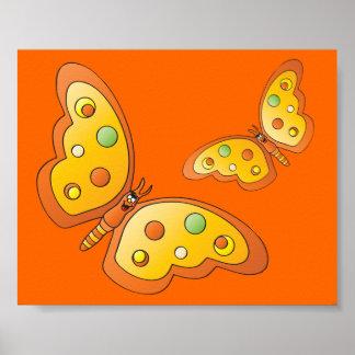 Borboletas bonitos da laranja dos desenhos poster
