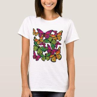 Borboletas coloridas bonito camiseta