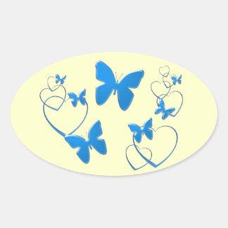 Borboletas e corações azuis macios adesivo oval
