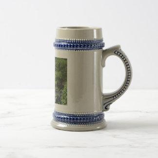 Borda rochosa caneca de cerveja