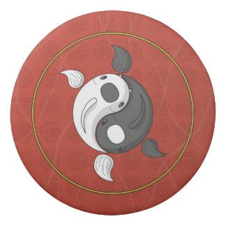 Borracha Yin e Yang o eliminador de Koi