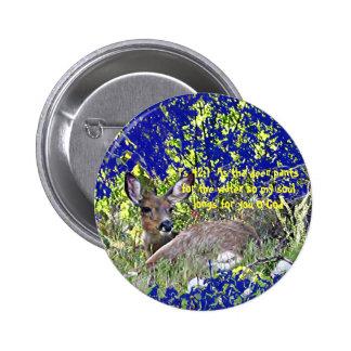 Botão dos cervos da foto com o 42:1 do salmo da es botons