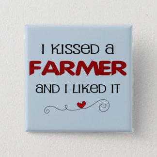 Bóton Quadrado 5.08cm Eu beijei um fazendeiro e eu gostei d