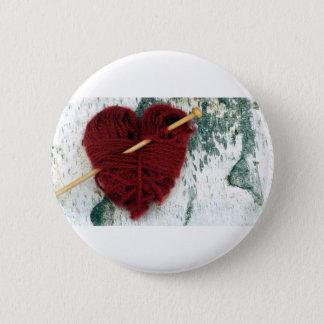 Bóton Redondo 5.08cm Coração vermelho de lãs na fotografia do latido de