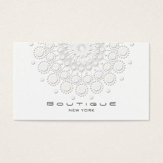 Branco elegante do motivo do círculo no branco cartão de visitas