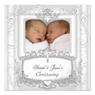 Branco gêmeo do baptismo do batismo do bebé ou do convite quadrado 13.35 x 13.35cm