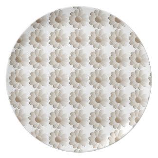 Branco na placa da margarida branca pratos de festas