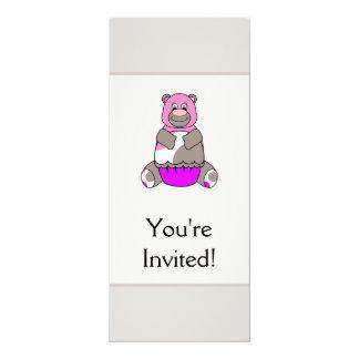 Brown e urso cor-de-rosa de Polkadot Convite 10.16 X 23.49cm
