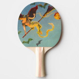 Bruxa que voa o bastão do verde da abóbora da raquete de ping-pong