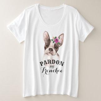 Buldogue francês com o t-shirt do Mais-Size das