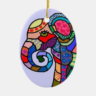 Cabeça artística abstrata colorida do elefante ornamento de cerâmica oval