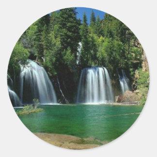 cachoeira adesivos redondos