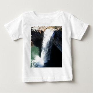 Cachoeira bonita t-shirts