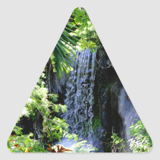 Cachoeira de Bahamas Adesivo Triangular