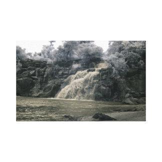 Cachoeira em África/fotografia infravermelha Impressão De Canvas Esticada