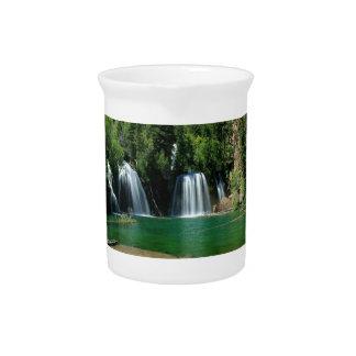 cachoeira jarros para bebidas