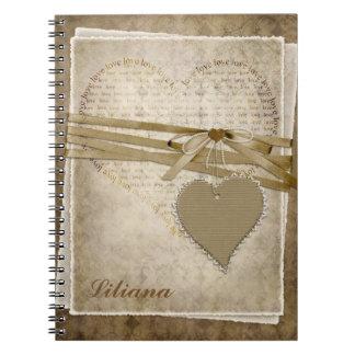 Caderno antigo dos corações do falso