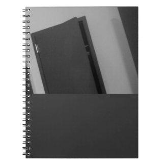 Caderno B & porta de W