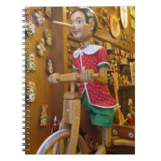 Caderno--Boneca de Pinocchio Cadernos Espiral