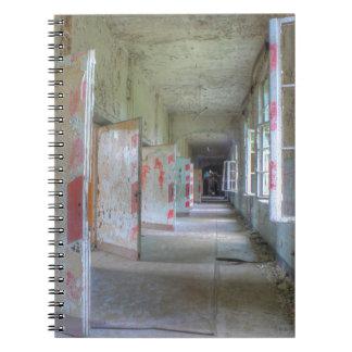 Caderno Espiral Portas e corredores 02,1, lugares perdidos,