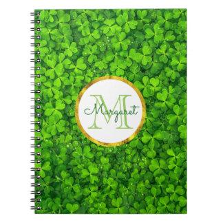 Caderno Espiral Trevos verdes luxúrias com folha de ouro do FALSO