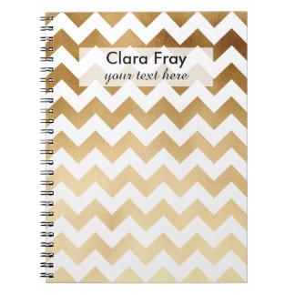 Caderno ouro elegante do falso e teste padrão branco da