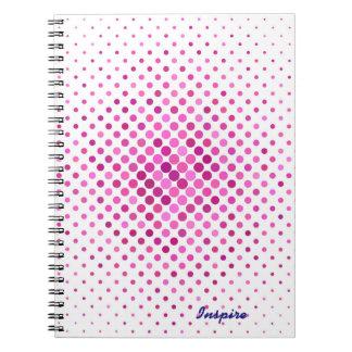 Caderno roxo e branco das bolinhas