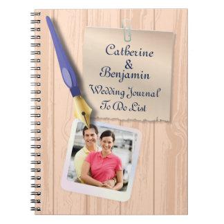 Cadernos Espirais Jornal de madeira do casamento do falso moderno
