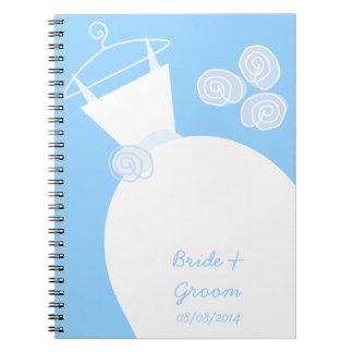 Cadernos Espirais Nupcial e Groom azuis do vestido de casamento '