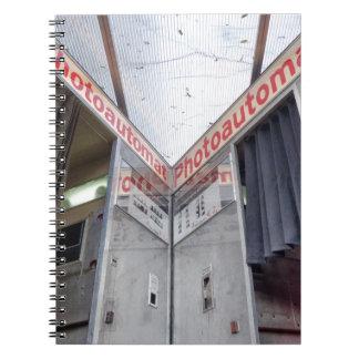 Cadernos Espiral Cabine velha 002 02 da foto