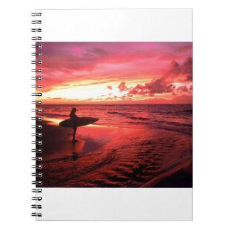 Cadernos Espiral Surfar no por do sol