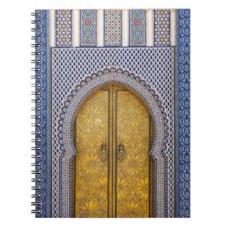 Cadernos O Palácio Ornamentado Porta dos reis